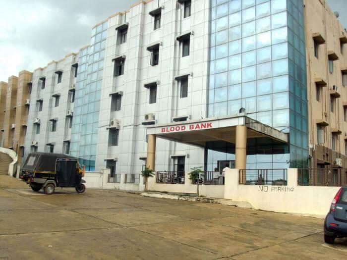 institute-of-medical-sciences-and-sum-hospital
