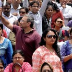 Angry Parents Protests Against Unjustified Fee Hike by Private Schools