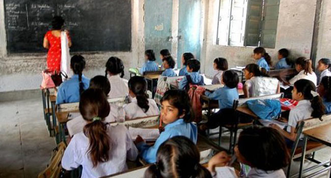 Government Officials, Officers to Send Their Children to Govt. Schools in Allahabad! Know Why.